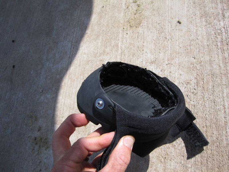 Hoof Boot Glue-On Method 001