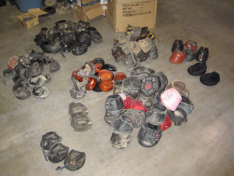 Hoof Boots for sale. Renegade hoof boots, Cavallo Horse Boots 001