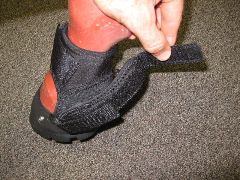 Easyboot Glove Gaiter Support Strap 002