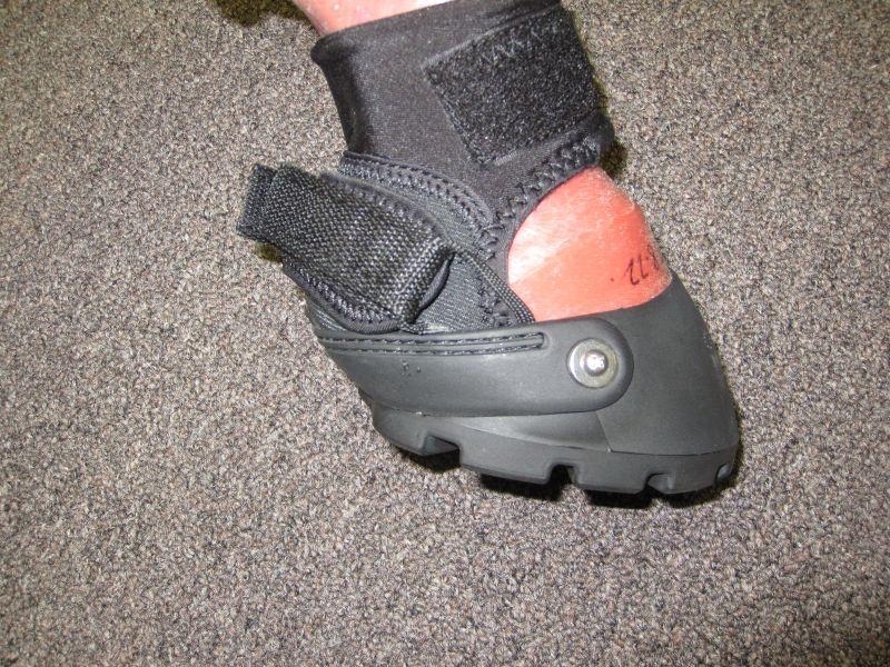 Easyboot Glove Gaiter Support Strap 005
